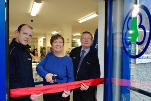 Stephen McDonnell (Ballymount Sales Manager), Ann Morgan (CEO of Murdock's) and Gary Craven (Group Sales Manager, RoI)