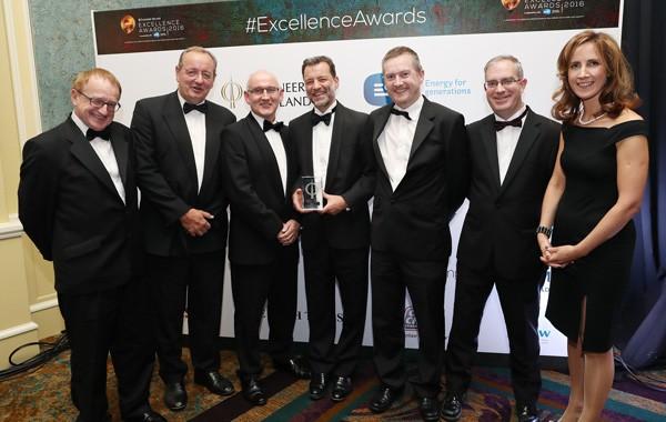 PJ Rudden (RPS) Jim Mulcair (Roadbridge), Michael Nolan (Transport Infrastructure Ireland), Ronan Deasy (Shell), Ciaran Butler (RPS), Pat McAndrew (BAM) & Carolinr Spillane (Engineers Ireland)